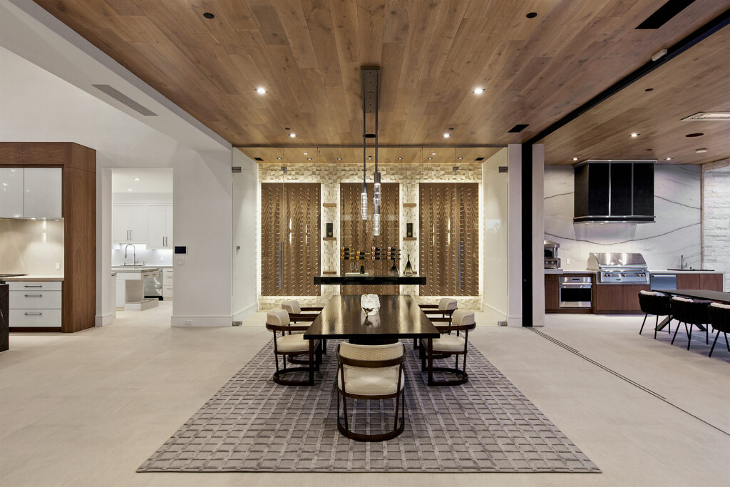 5000 series sublinear floor-to-ceiling sliding glass doors